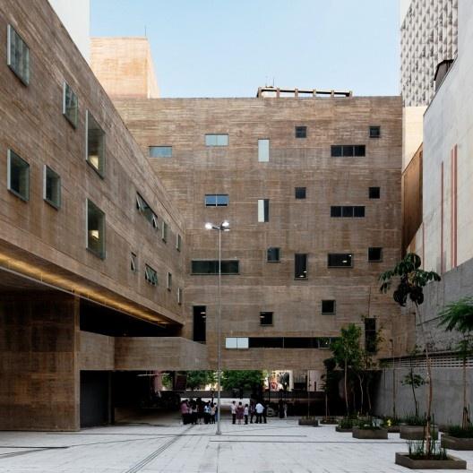 Praça das Artes, São Paulo, 2012. Brasil Arquitetura, arquitetos Francisco Fanucci e Marcelo Ferraz<br />Foto Nelson Kon