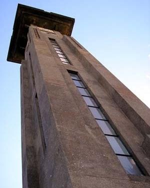 Relógio da Avenida Goiás, Goiânia<br />Foto Wolney Unes