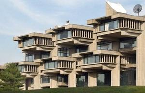 Edifício acadêmico (Group I); Edifício de Ciências, Tecnologia e Pesquisa (Group II); e Biblioteca