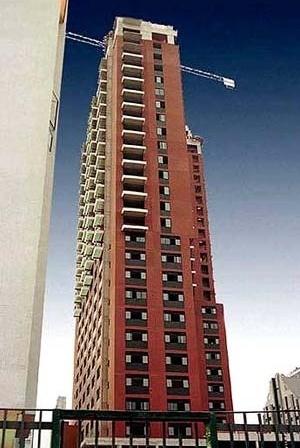 Hotel e Flat Live & Lodge – Vila [Portal Metálica / Pavi do Brasil]