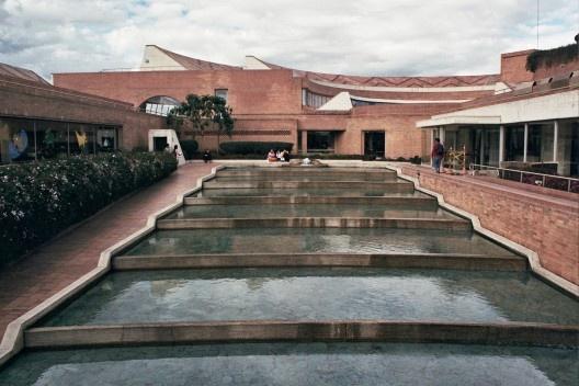 Biblioteca Virgilio Barco, Bogotá. Arq. Rogelio Salmona, 2001<br />Foto Marina Amado