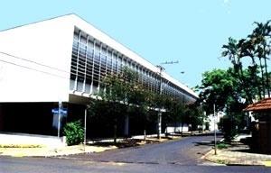 Figura 18 - Paço Municipal. Fachada para a rua Paissandú [Acervo do autor]