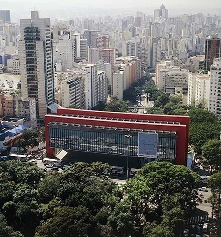 MASP, São Paulo, 1961, Lina Bo Bardi<br />Foto Nelson Kon