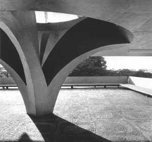Estação Rodoviária de Jahu, 1973, arquiteto Vilanova Artigas [Foto Nelson Kon]