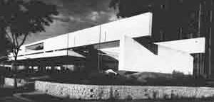 Escola Municipal de Astrofísica, São Paulo, 1957, arquiteto Roberto Goulart Tibau [Acrópole, maio 65, p.181]