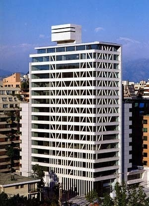 Photo 7 – Manatiales Building, architects Izquierdo, Lehmann, Lira and Peñafiel