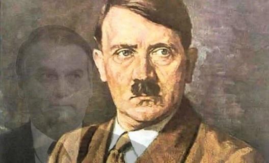 Hitler e seu simulacro<br />Fotomontagem AG  [HT Photo/Agência Brasil]