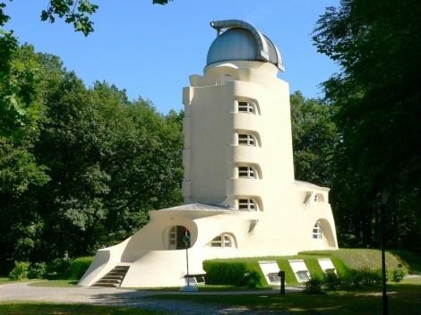 Observatório de Einstein, Potsdam. Arquiteto Erich Mendelsohn<br />Foto divulgação  [Wikimedia Commons]