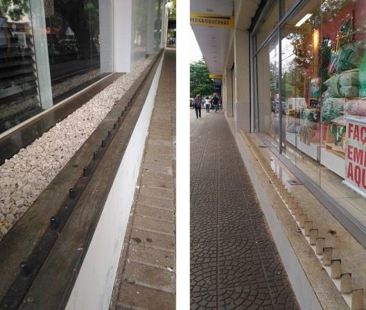 À esquerda, espinhos metálicos instalados em mureta; à direita, estrutura metálica instalada em vitrine, Maringá PR<br />Foto Vinícius de Moraes Ribeiro