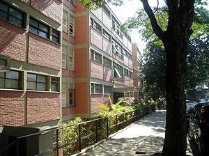 Conjunto Gregório Serrão, visto da Rua Dr. José de Queiroz Aranha<br />Foto Eunice Helena Abascal