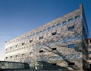Biblioteca da Escola Técnica de Eberswalde, 1999. Herzog & De Meuron [Beton Werkstein]