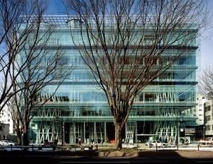 Midiateca de Sendai. Arquiteto Toyo Ito<br />Foto Yukio Futagawa  [LEONÍDIO, Otavio; MARTHA, Luiz Fernando. Midiateca da PUC-Rio. Romano Guerra Editora / Edi]