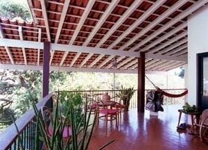 Residência Francisco Inácio Peixoto, varanda, 1941. Arquiteto Oscar Niemeyer<br />Foto Pedro Lobo  [IPHAN-BH]