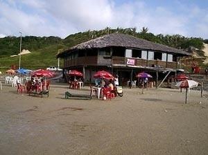Barracas de praia de São Luís - MA<br />Foto Nívea Raposo