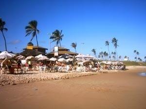 Barracas de praia na praia de Pituaçu - Salvador, BA<br />Foto do autor