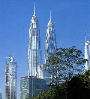 Petronas Towers, Kuala Lumpur, Singapura, arquiteto César Pelli. <br />Foto Nelson Kon