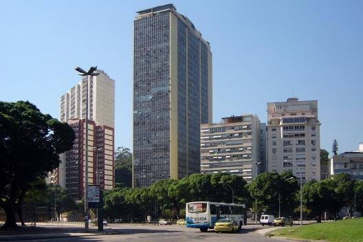 Morro da Viúva, Rio de Janeiro. Gabarito diferenciado dos edifícios<br />Foto Andréa Redondo
