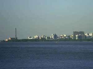 Orla do Guaiba, em Porto Alegre<br />Foto Patrícia Nahas