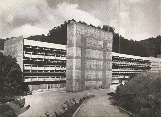 Hering Matriz. Costura Nova, Blumenau. 1968-1975<br />Foto Cristiano Mascaro  [Projeto, n. 60. fev. 1984, p. 48]