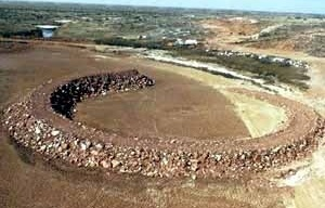 Robert Smithson, Amarillo Ramp, Tecovas Lake, Amarillo, Texas 1973 [www.robertsmithson.com]