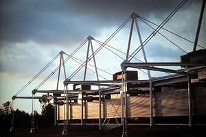 Fábrica Valeo San Luis Potosi, México - Projeto de S. Davis, DBB, 1995