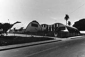 Ginásio Estadual e Escola Normal de Brotas, SP, 1966<br />Foto de Rodrigo Léfevre  [acervo FAUUSP]