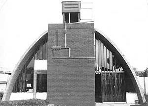 Res. Dino Zammataro, Butantã, SP, 1970 – fachada posterior<br />Foto de Félix Alves Araújo  [acervo FAUUSP]