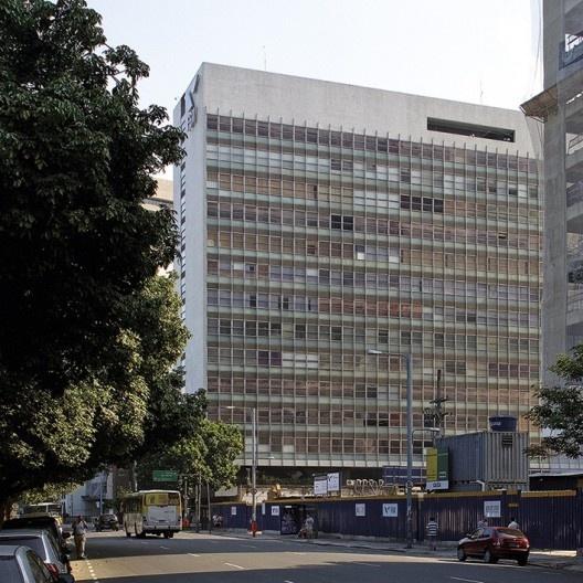 Fundação Getúlio Vargas, Praia de Botafogo, Rio de Janeiro, projeto do arquiteto Oscar Niemeyer<br />Foto Abilio Guerra