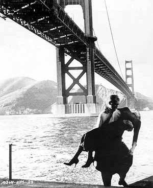 São Francisco como locação para a dramática cena de Um corpo que cai (Vertigo, Alfred Hitchcock, EUA, 1958)