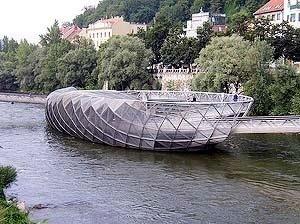 Ilha no rio Mur, Vito Acconci, Graz, 2003
