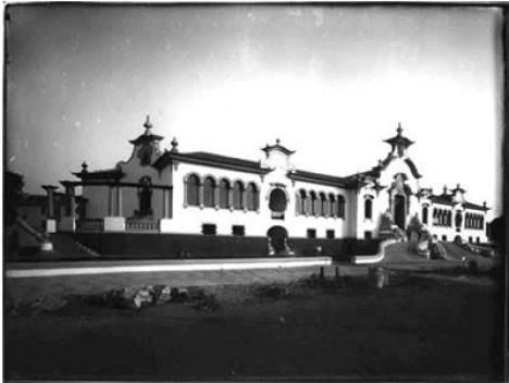 Imagem Escola Estadual Pedro II, em Belo Horizonte, construída na década de 1920