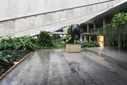 Teatro Nacional, Brasília, arquiteto Oscar Niemeyer, paisagista Roberto Burle Marx<br />Foto Felipe SS Rodrigues