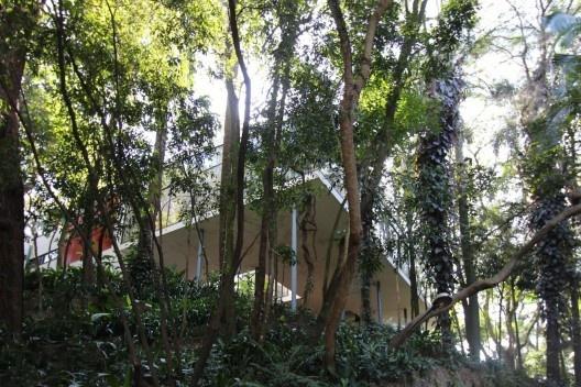 Casa de Vidro, São Paulo. Arquiteta Lina Bo Bardi<br />Foto Bruno Dias