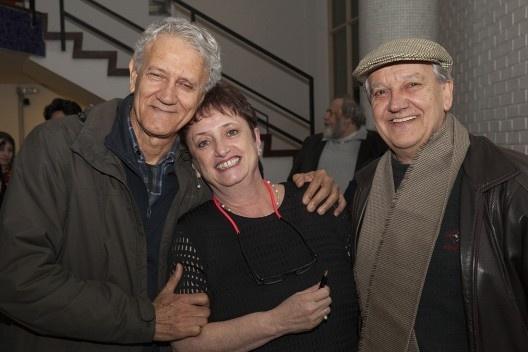 """Raul Pereira, Helena Ayoub e Reginaldo Forti, festa de lançamento do livro """"Abrahão Sanovicz, arquiteto"""", IAB/SP, 22 ago. 2017<br />Foto Fabia Mercadante"""