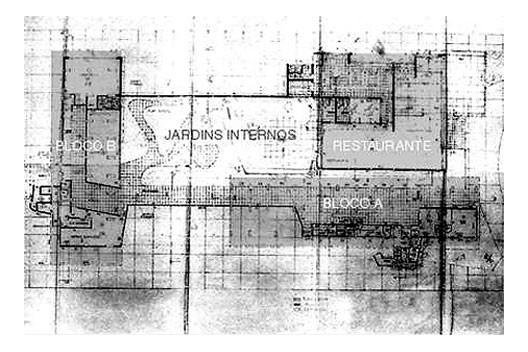 Planta do pavimento térreo do conjunto [Processo administrativo 8.551/52. Arquivo da Prefeitura Municipal de Santos]