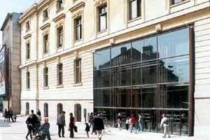 Grande Galeria da Evolução, Paris. Entrada do público