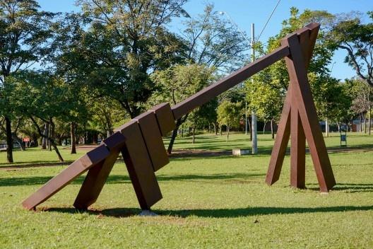 <i>Eixo paralelo de rotação da terra</i>, 1989<br />Foto Melissa Vendite