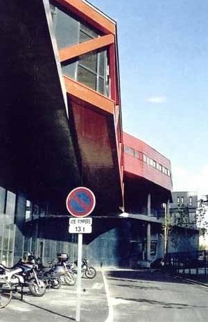 Liceu Massimilian Perret, Alfortville, Paris, França, outubro 1998 – M. Fuksas. Auditório/Biblioteca