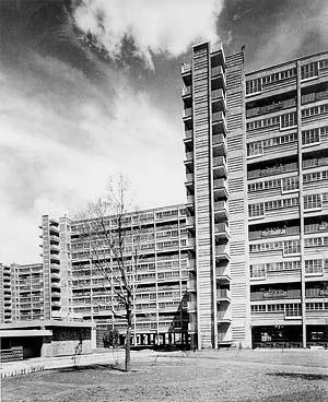 Multifamiliar Miguel Alemán, primeiro grande conjunto construído na América Latina. Arquiteto Mario Pani, México [Instituto Mora e Conacyt]