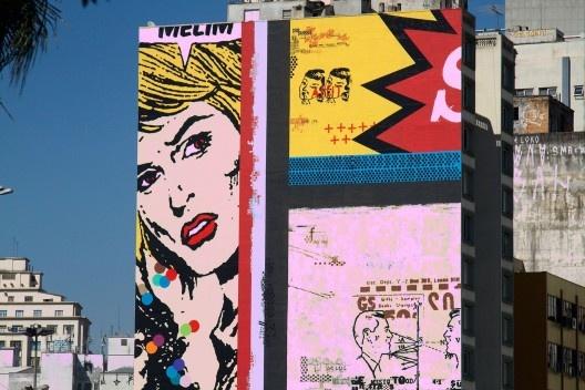 Desenhos em empenas cegas de edifícios, bairro da Luz<br />Foto Silvana Romano