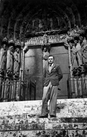 Estrada en París, 1934 [Colección familia Estrada]