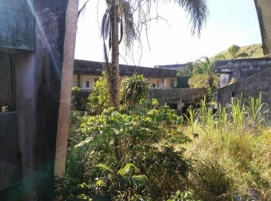 Usina Termoelétrica de Juquiá, ruínas de edifício arquitetônico, Juquiá SP. Arquiteto Oscar Niemeyer<br />Foto Wilson Luis Italiano