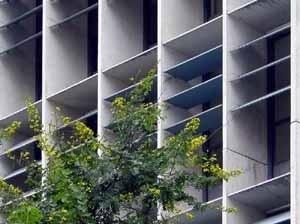arquitextos de la ventana horizontal al brise. Black Bedroom Furniture Sets. Home Design Ideas