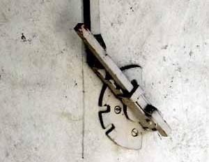 Fig. 9 – Detalle del mecanismo de giro de las lamas<br />Foto Francisco J. Martínez
