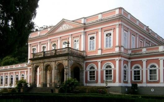 Palácio Imperial de Petrópolis<br />Foto autores/Photo Authors