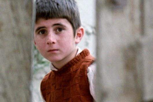 Fotograma de <i>Onde fica a casa do meu amigo?</i>, filme de Abbas Kiarostami, 1987<br />Foto divulgação