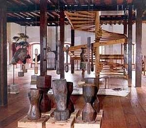 Exposição Nordeste: possibilidades da manufatura popular. Salvador, 1963. Curadoria de Lina Bo Bardi [Arquivo do Instituto Lina Bo e P.M. Bardi]