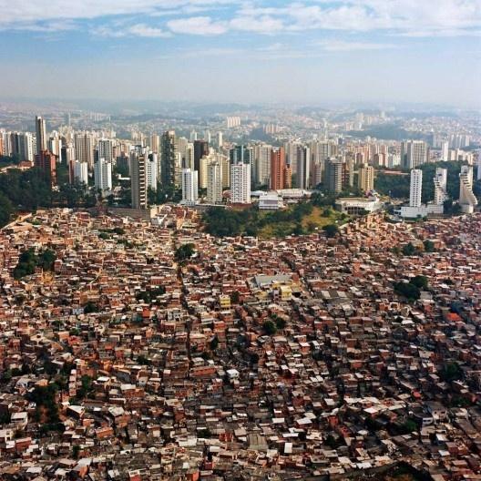 Vista aérea da cidade de São Paulo<br />Foto Nelson Kon