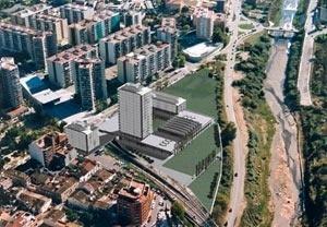 Complexo multifuncional, Rubi, Barcelona, Espanha, 2002
