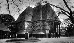 Exposição Colonial Internacional, Paris, 1931. Pavilhão de Camarões-Togo